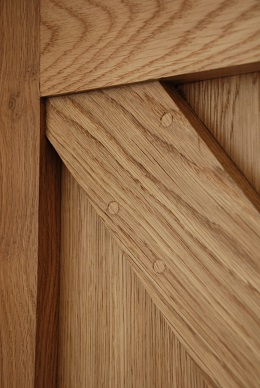 Joint Detail Framed Ledge And Brace Oak Door