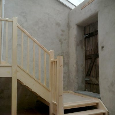 Bespoke Ash Wood Staircase Bannister Balustrades2