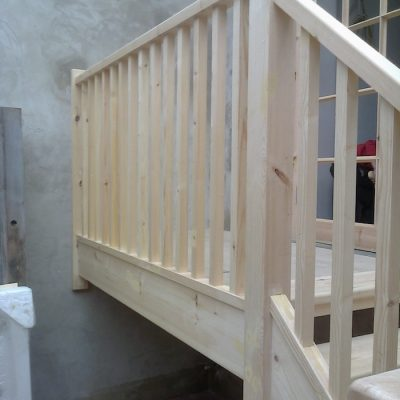 Bespoke Ash Wood Staircase Bannister Balustrades3