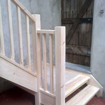 Bespoke Ash Wood Staircase Bannister Balustrades4