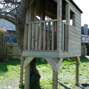 Custom Built Treehouse Devon Country Garden