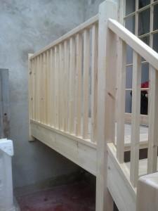 Bespoke Ash Wood Staircase Bannister Balustrades3