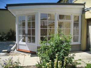 Custom Built Wooden Sun Room Exterior JG Carpentry Devon Joiners4