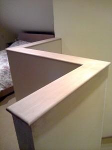 Fine Finished Oak Banister Topjpg